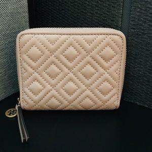 NWOT -TORY BURCH FLEMING MEDIUM WALLET
